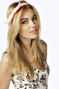 bandeau cheveux femme blonde