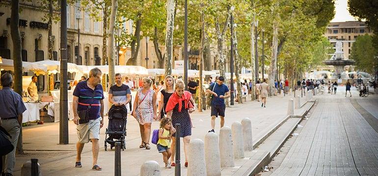 marché nocturne Nuits d'Aix 2019 cours Mirabeau